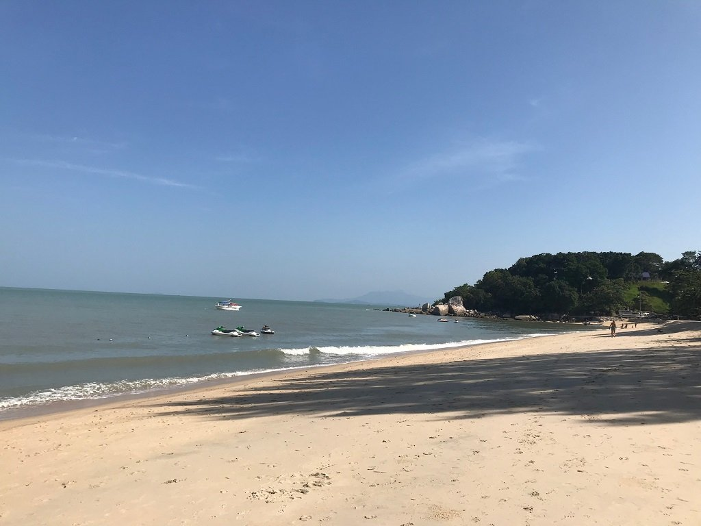 A view of the beach and ocean in Penang