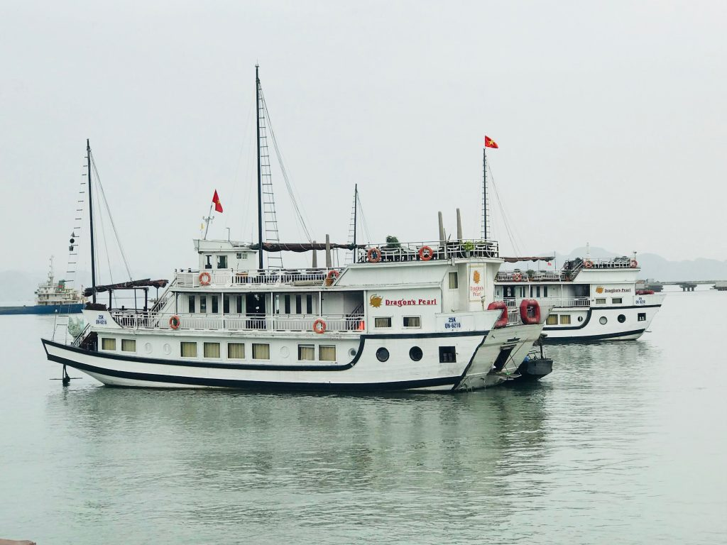 Dragon's Pearl junk moored in Halong Bay