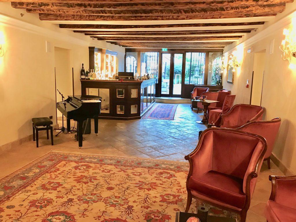 Hotel Nani Mochenigo Bar Area