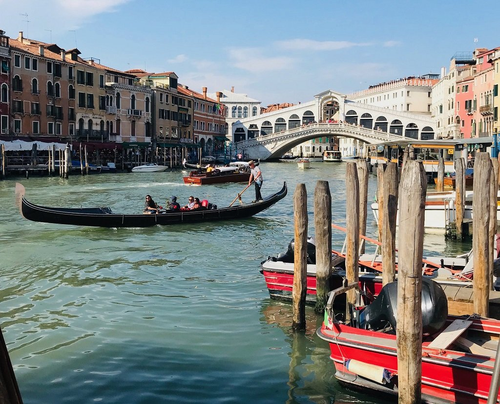 how-to-use-the-water-transport-in-venice