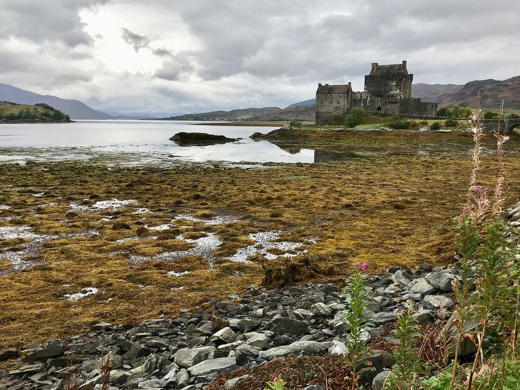 an-epic-road-trip-around-the-isle-of-skye-in-scotland