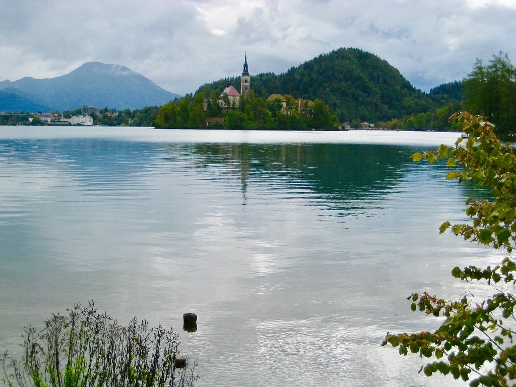 Lake Bled Predjama Castle And Postojna Caves The Perfect