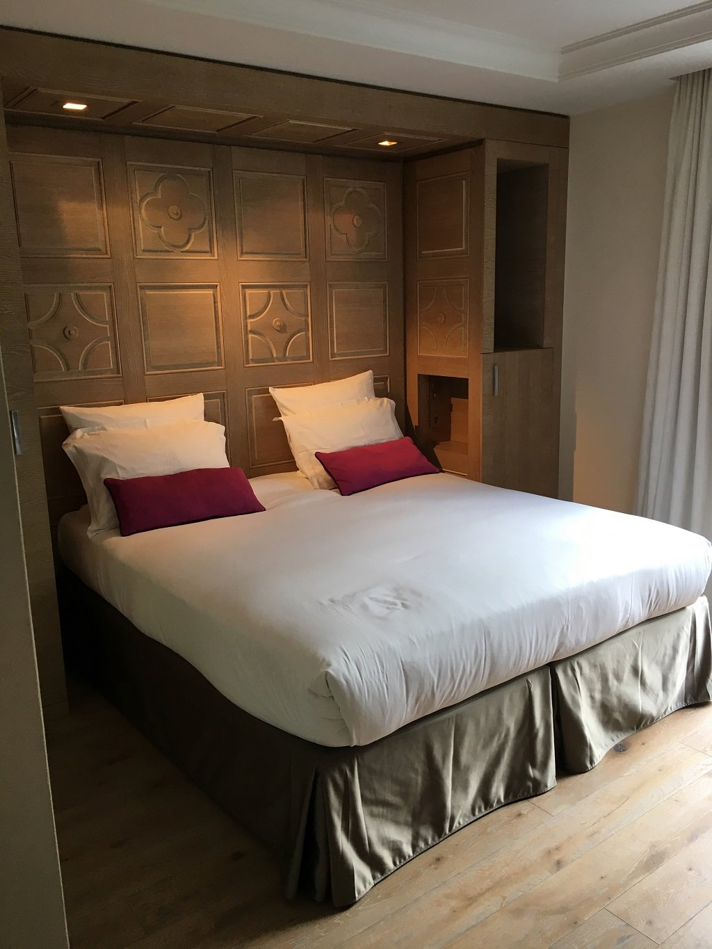 bedroom at hotel Mont Blanc