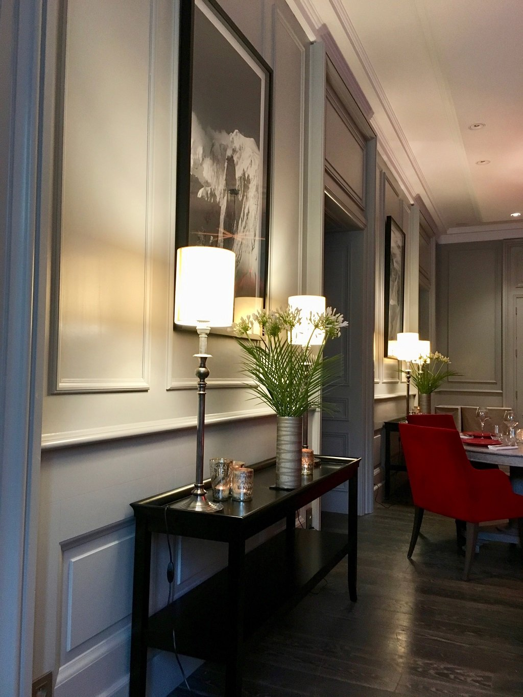 Drawing room at Hotel Mont Blanc