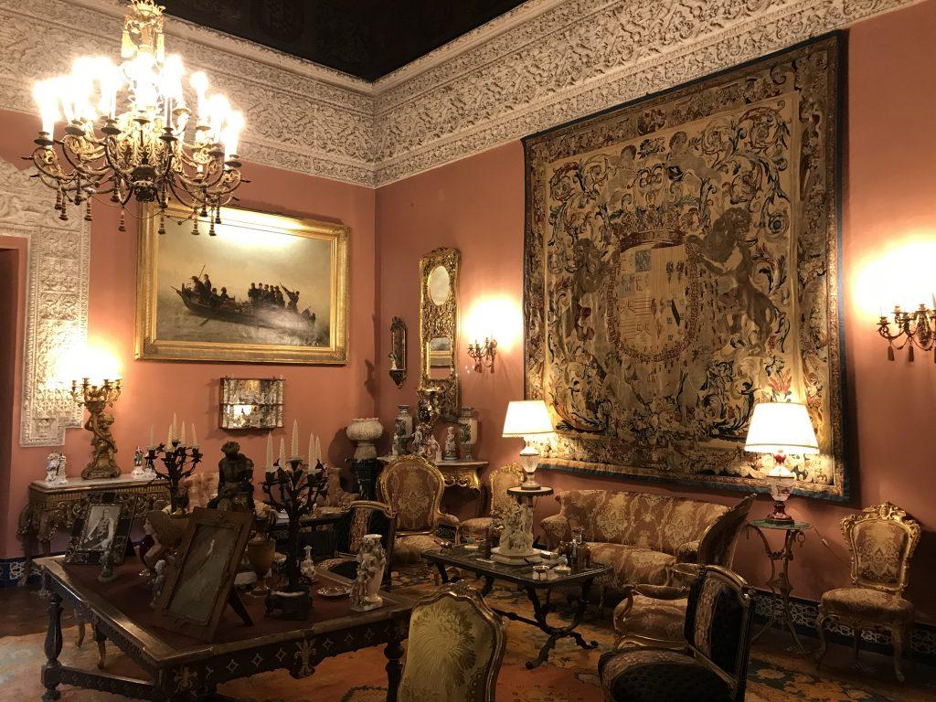 interior room at las Duenas