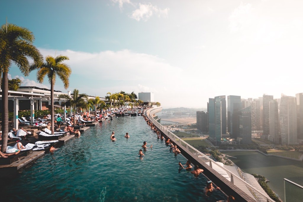 Infinity swimming pool on the roof of Marina Bay Sands Resort