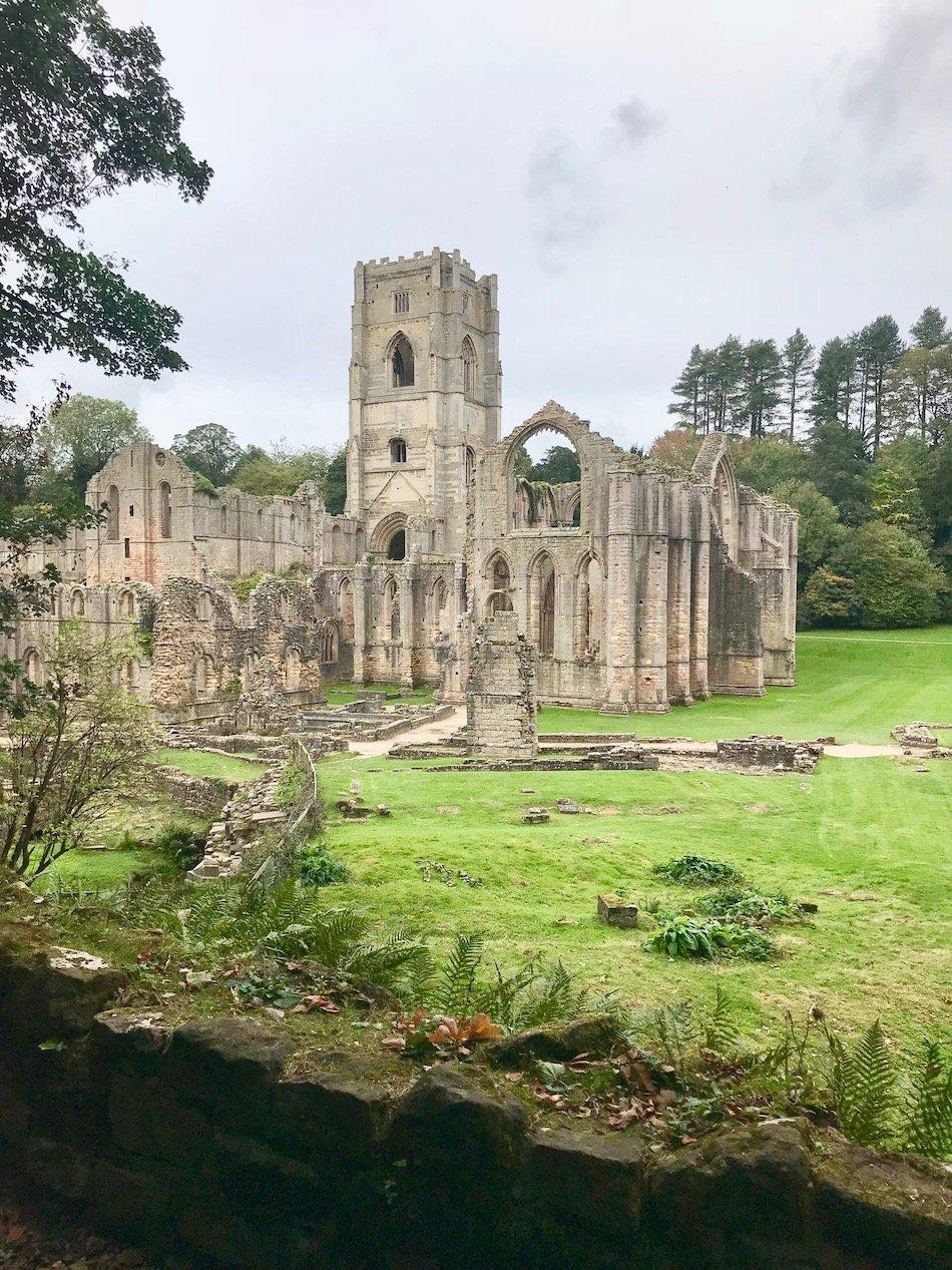 fountains abbey ruins