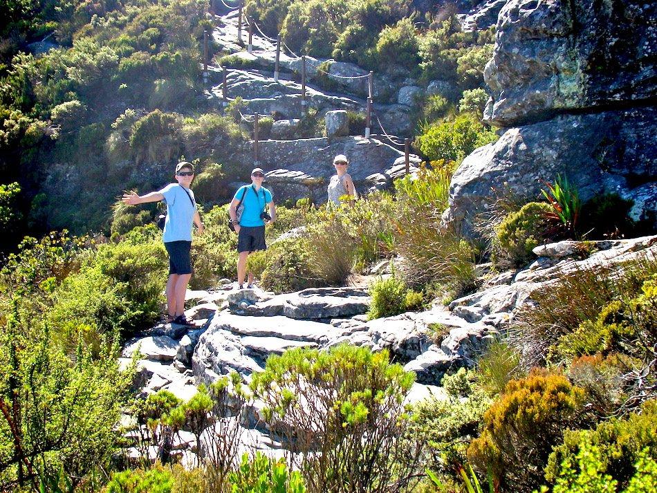 3 people hiking Table Mountain