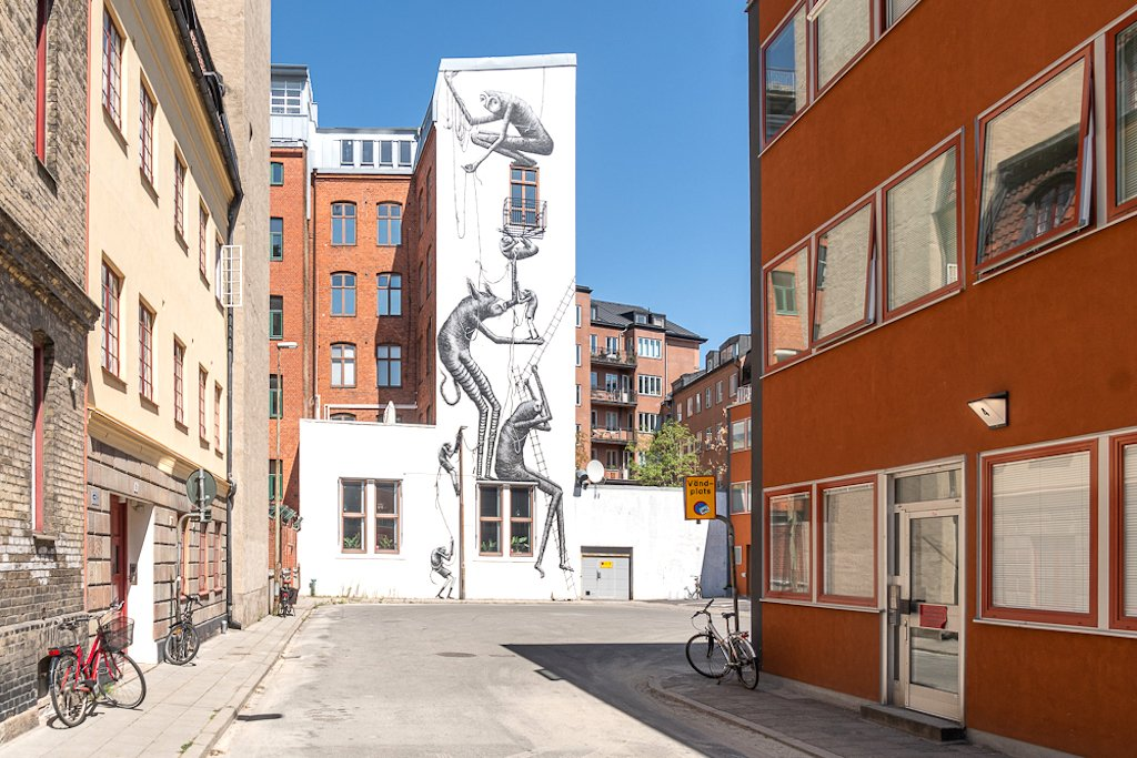 street art on a building in Sweden
