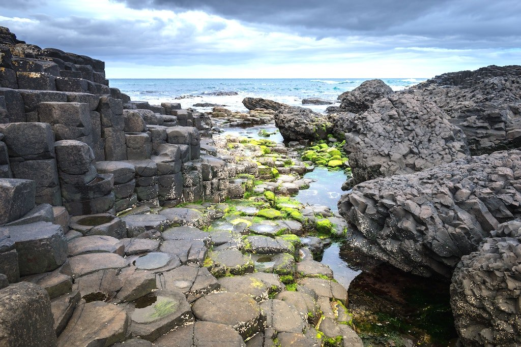 coastal walks on the giant's causeway route