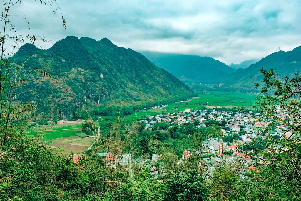 view of the town and mountains of Mai Chau