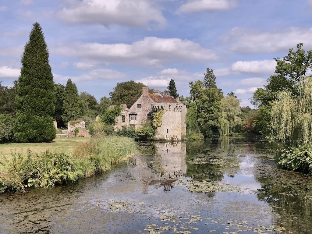 a-perfect-day-out-in-kent-at-scotney-castle-and-gardens