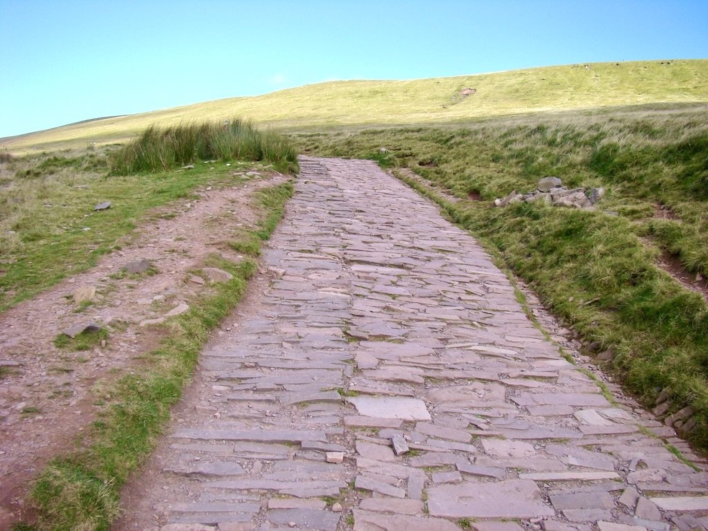 Pathway on route