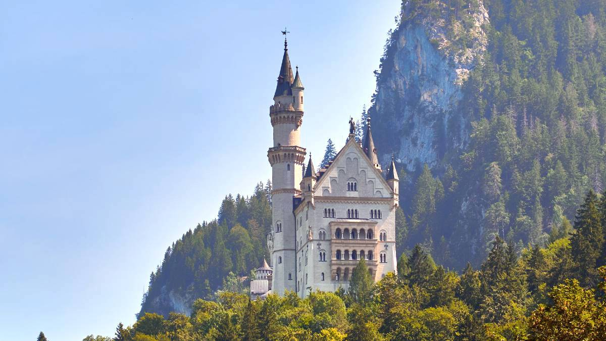 Newschwanstein Castle