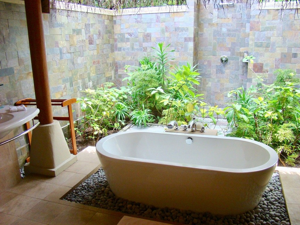 Bathtub in the outdoor bathroom