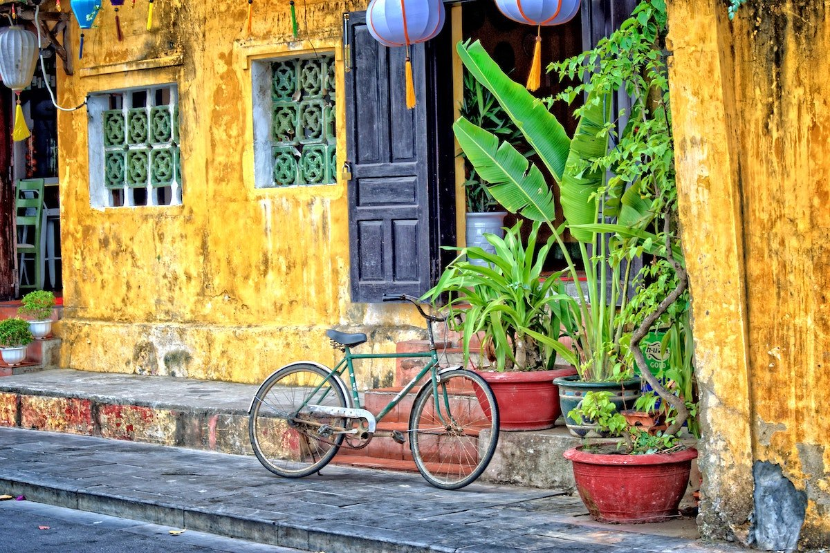 Yellow building in Hoi An
