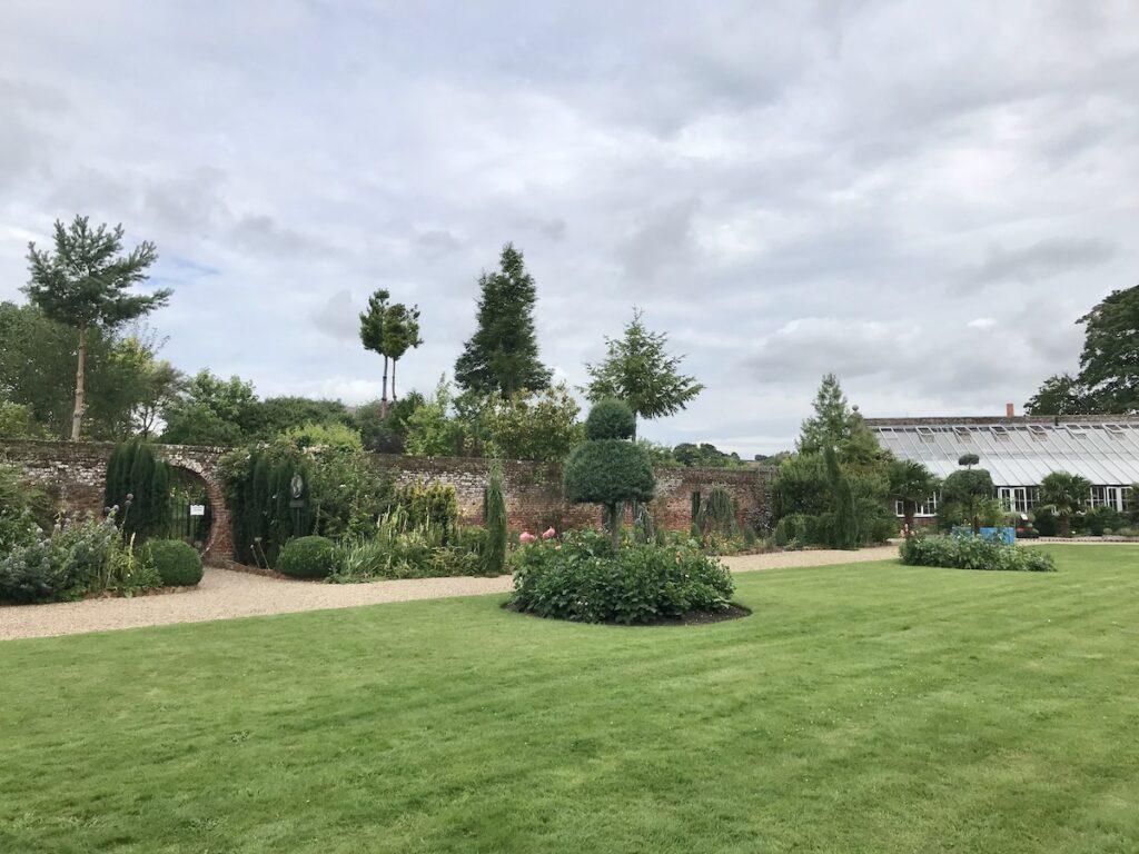 Formal garden at Lullingstone